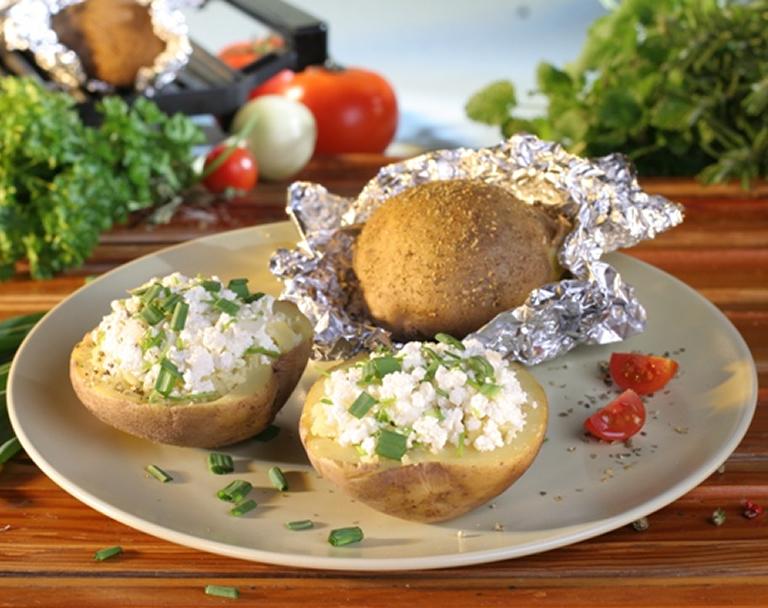 Pieczone ziemniaki z twarożkiem