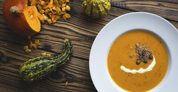 Aromatyczne i rozgrzewające zupy na jesień